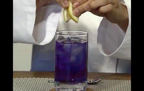 レモン汁を入れる
