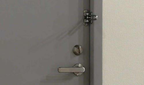 玄関のカギ