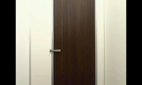 トイレの扉のカギ1つ