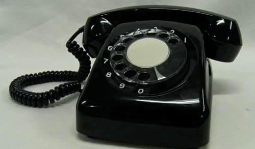 ダイヤル式電話